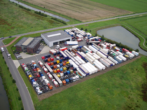 Zona comercial LB Trucks BV