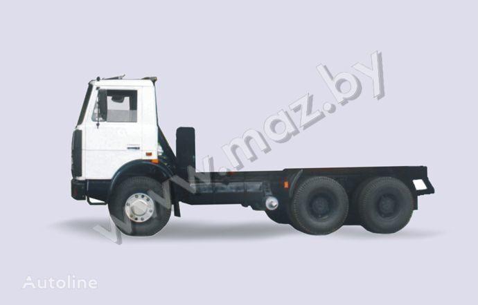 MAZ 5516 camión chasis