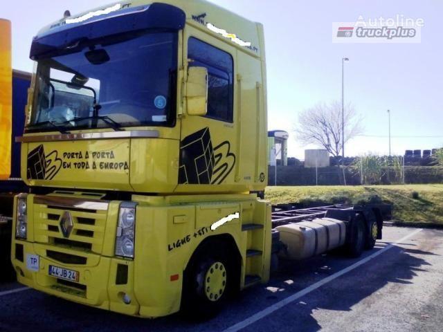 RENAULT MAGNUM 440 camión chasis
