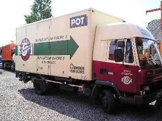 DAF 800 camión furgón