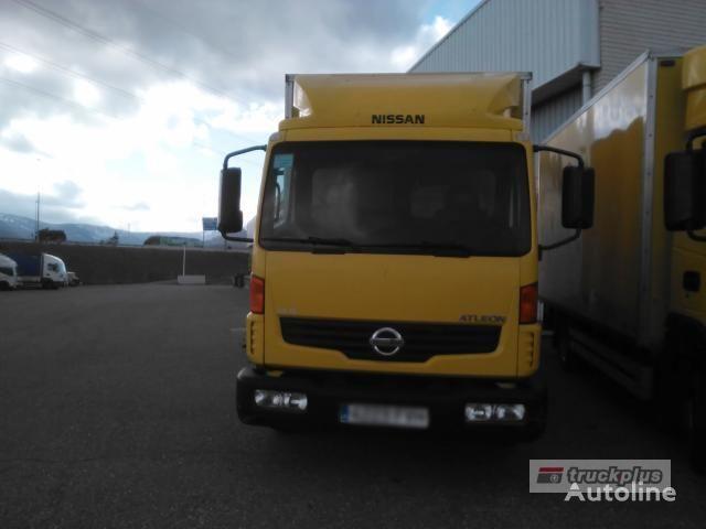 NISSAN ATLEON 56.130 camión furgón