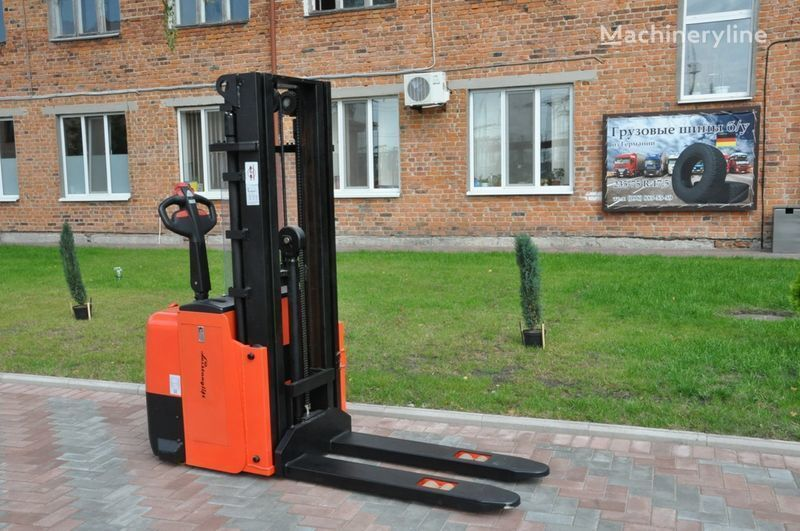 Leistunglift WS1243T apilador nuevo
