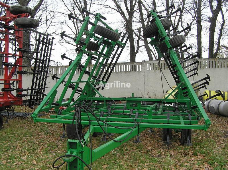JOHN DEERE 960 predposevnoy 10 m cultivador