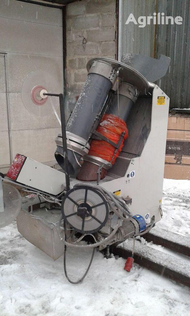 Sorma RB2-120  Avtomaticheskaya klipsatornaya mashina dlya kartofelya, otra maquinaria agrícola