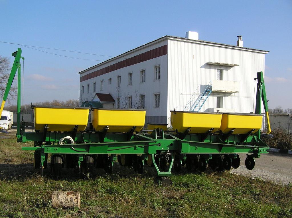 JOHN DEERE 7000 8 ryadnaya sembradora de precisión mecánica