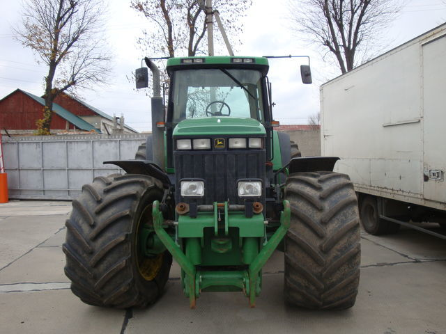 JOHN DEERE 8400 tractor de ruedas