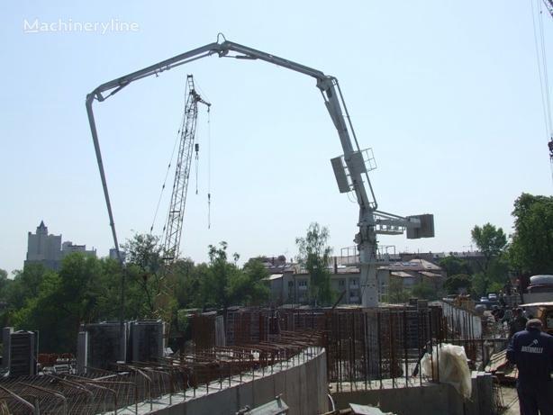 BETONORASPREDELITELNAYa STRELA (ITALIYa) bomba de hormigón nueva