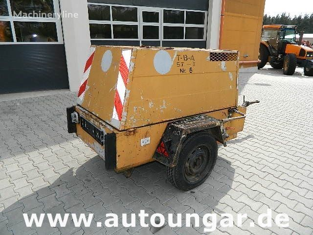 Jenbacher JW223 auf Anhänger compresor