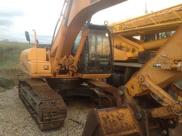CASE CX 210  excavadora de orugas