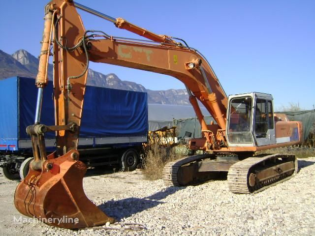 FIAT-HITACHI FH 330.3 excavadora de orugas