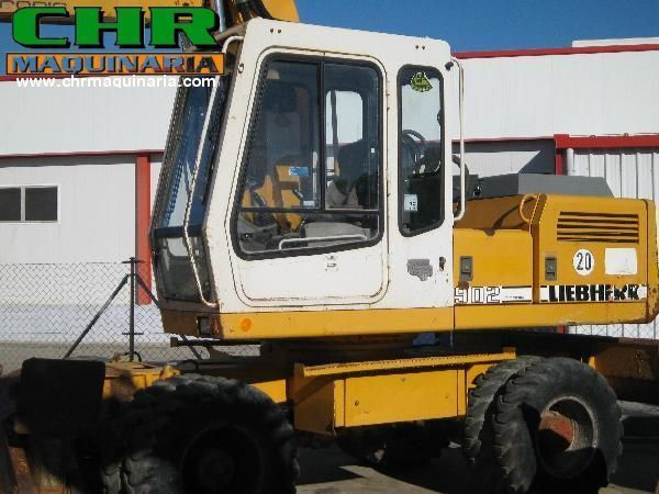LIEBHERR 902 excavadora de ruedas