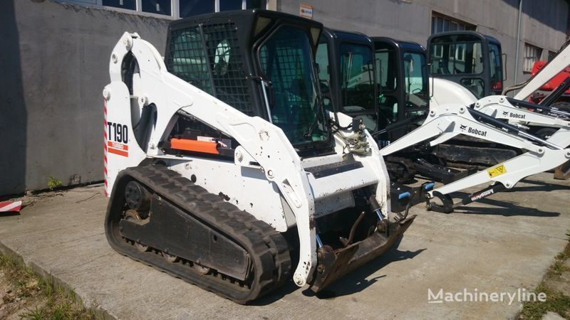 BOBCAT T190 High Flow minicargadora