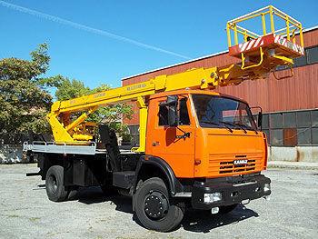 KAMAZ AP-22 plataforma sobre camión