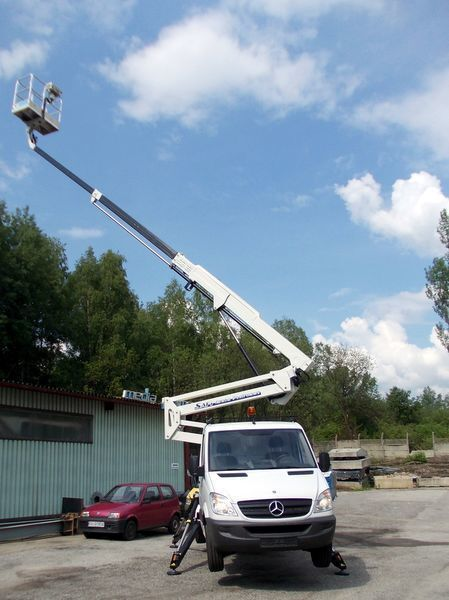 TECCHIO  SAFI  - SCA22 plataforma sobre camión nueva
