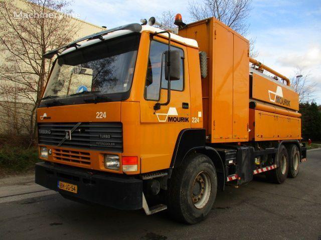 TERBERG FL1450 camión de vacío