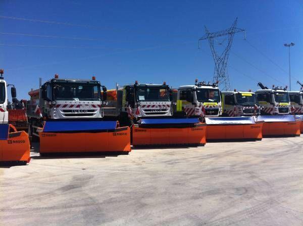 RASCO NEW truck 4x4+ spreader + snow plough + tipper box esparcidor de sal/arena