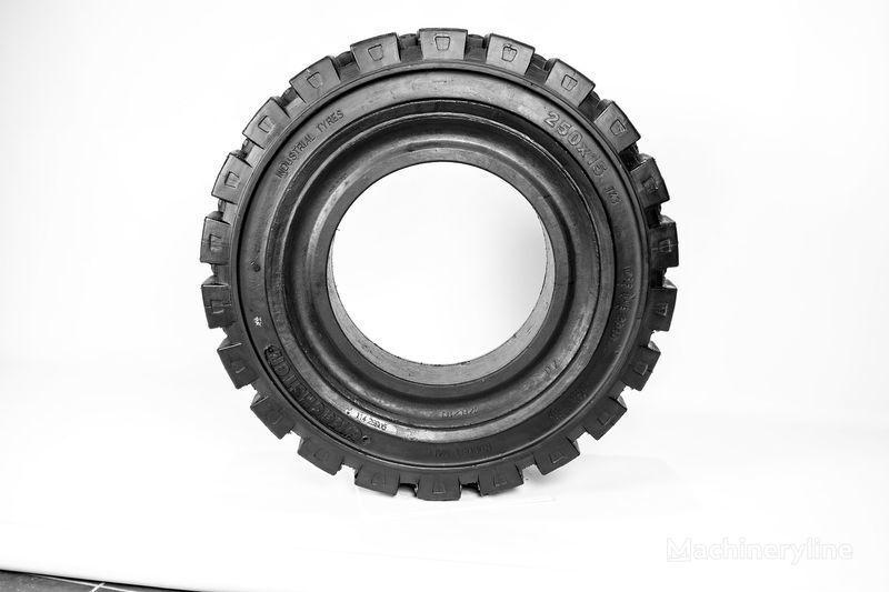 250h15  Emrald neumático para carretilla elevadora