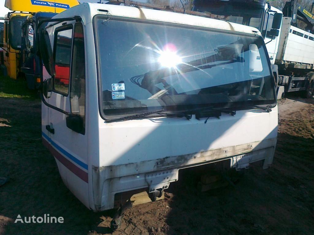 cabina para MAN LE L2000 Star dzienna 2000 zl. netto camión