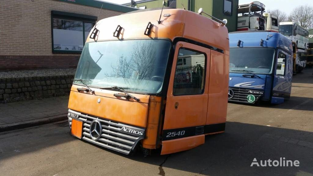 cabina para MERCEDES-BENZ 2540 tractora