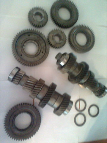 ZF 12 AS 2301 Promezhutochnye valy KPP 1327203046  1327203044 caja de cambio para MAN tga  tractora nueva