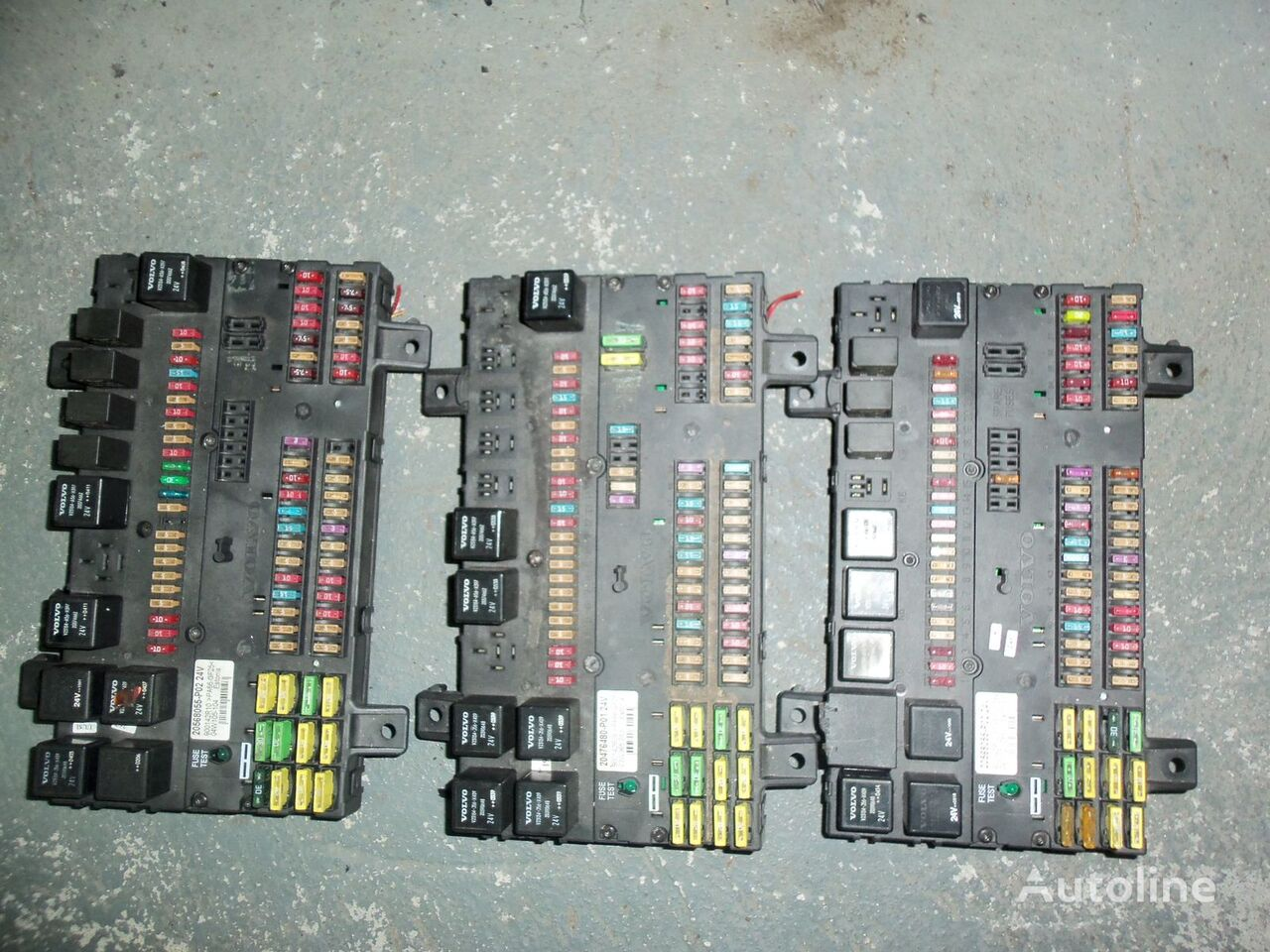 VOLVO FH13 fuse and relay center, central electrical box 20568055, 21732199 caja de fusibles para VOLVO FH13 tractora