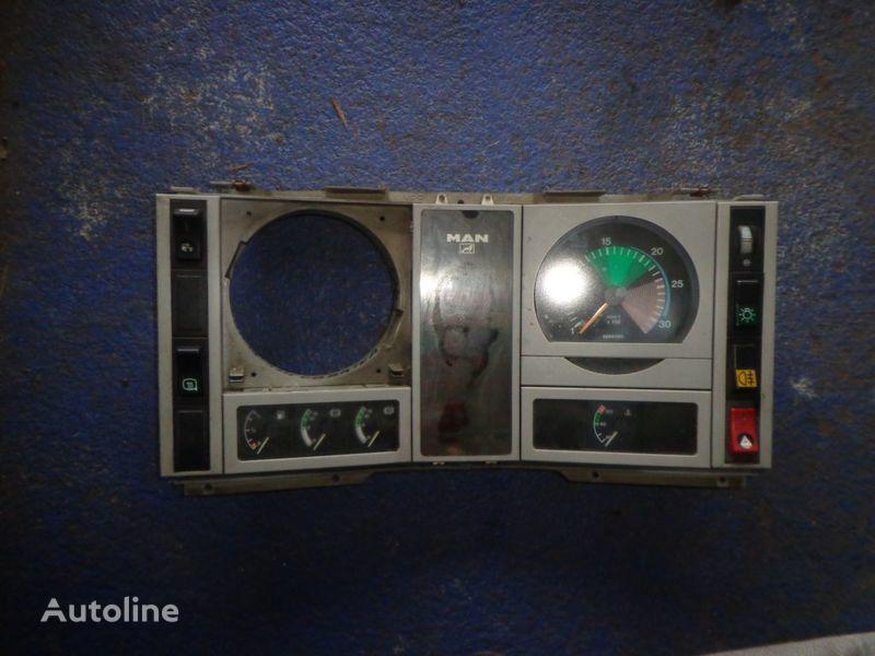 cuadro de instrumentos para MAN 18 camión