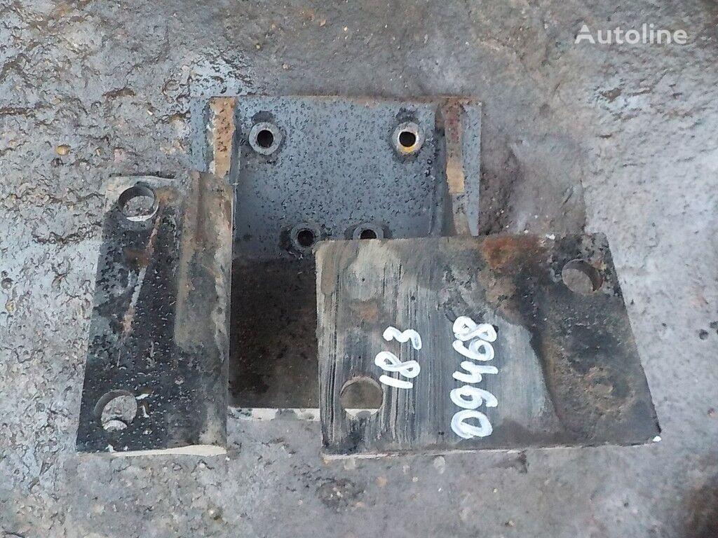Kronshteyn KPP LH Iveco elementos de sujeción para camión