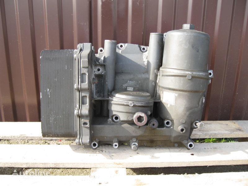 CHŁODNICZKA OLEJU Z PODSTAWĄ filtro de aceite para DAF XF 105 tractora
