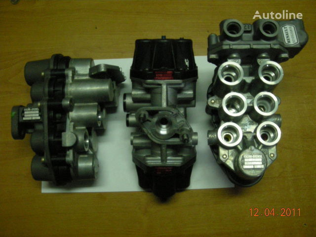 ZB4587 AE4510  AE4525 AE4502 AE 4528 AE4604  AE4162 grua para tractora