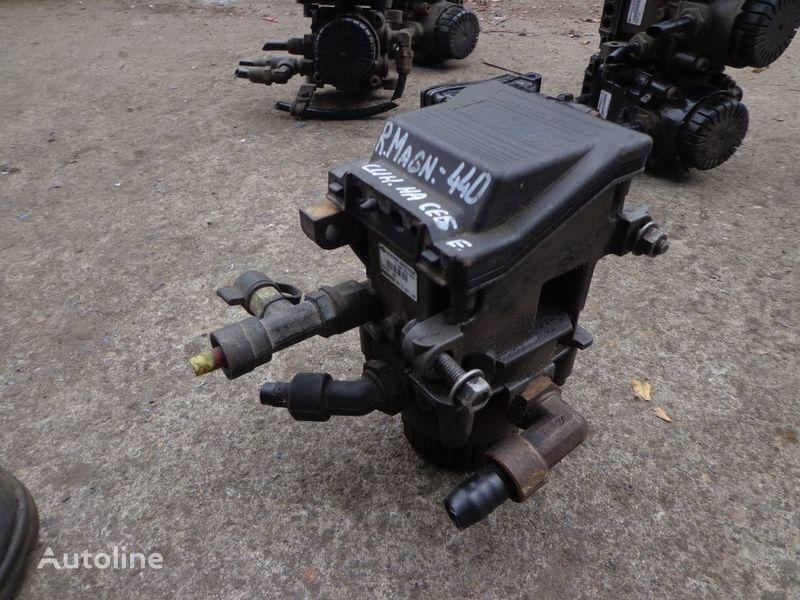 Knorr-Bremse grua para RENAULT Magnum camión