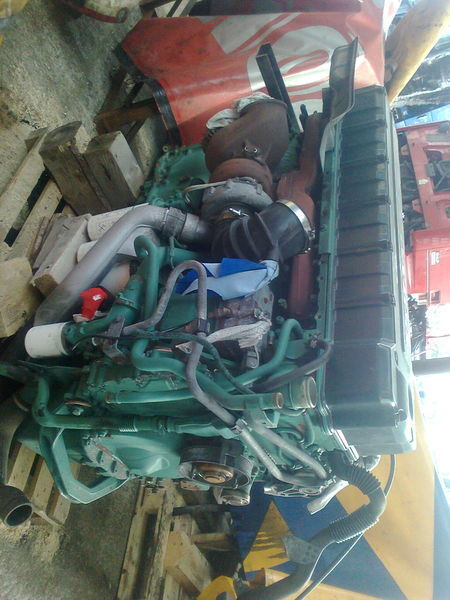 Volvo D12D motor para VOLVO FH 12 tractora