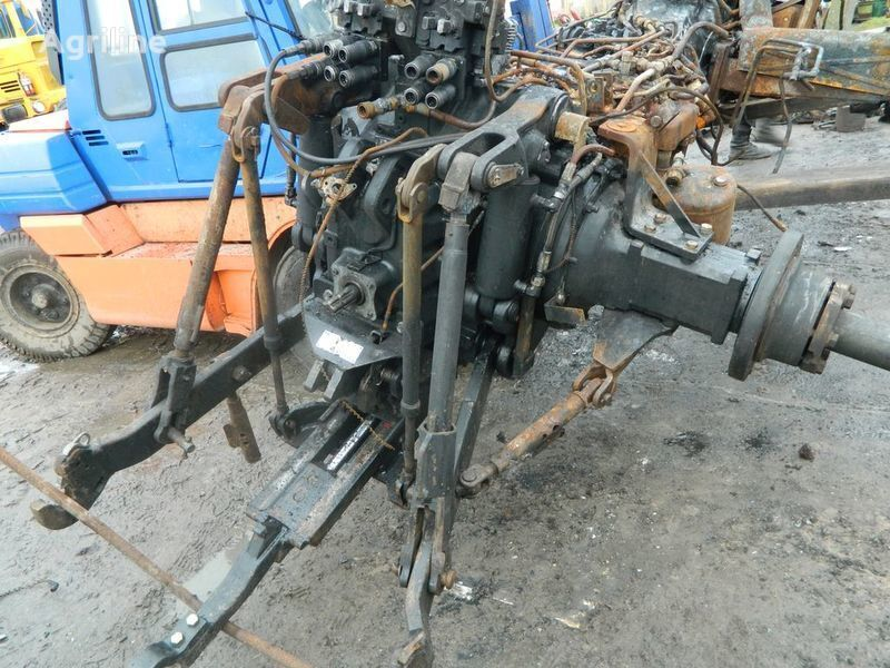 b/u zapchasti / used spare parts recambios para NEW HOLLAND T7030 tractor