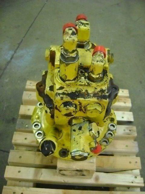 Motore di rotazione reductor de giro para KOMATSU PW 130 excavadora