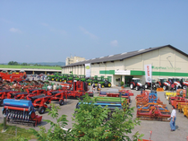 Zona comercial LTC Korneuburg Import
