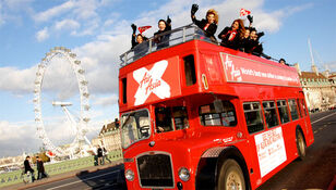 BRITISH BUS Tourist City Sightseeing open top traditional & modern London bu