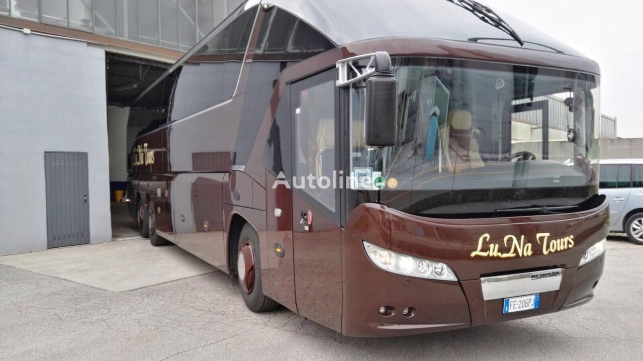 NEOPLAN Starliner P11 autobús de turismo