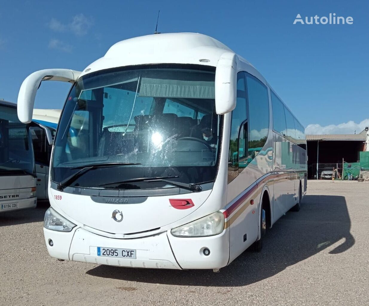 IVECO D-43A - IRIZAR PB  + PMR  autobús de turismo