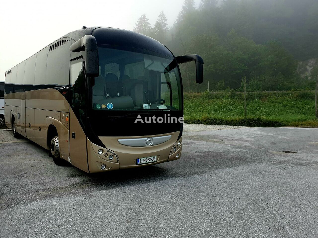 IVECO MAGELYS PRO autobús de turismo