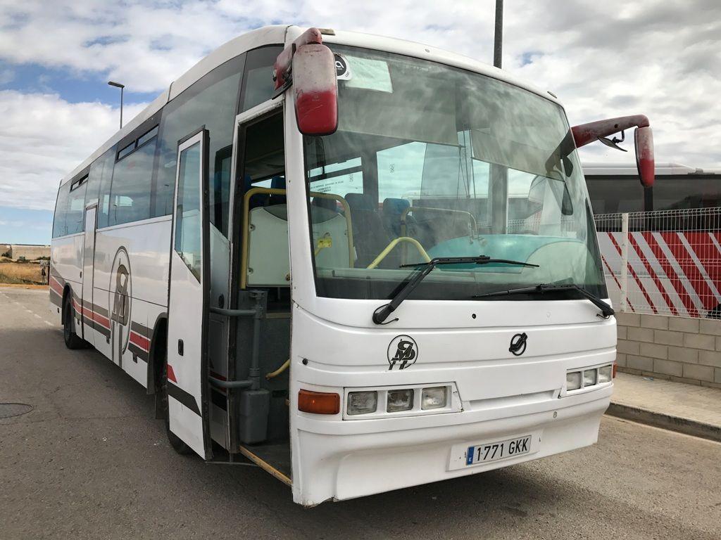 MERCEDES-BENZ O404 autobús de turismo