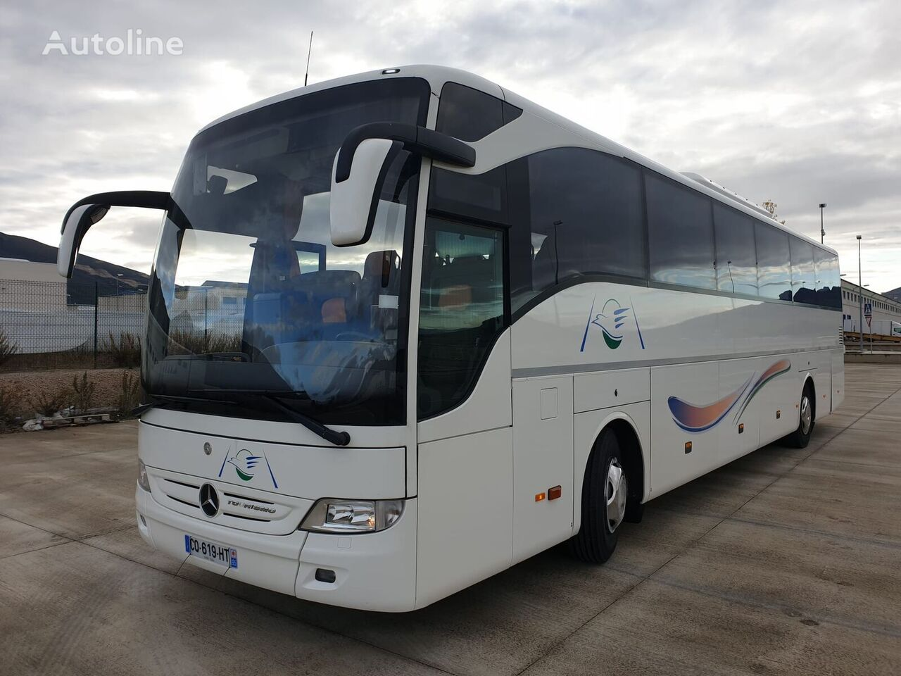 MERCEDES-BENZ tourismo  autobús de turismo