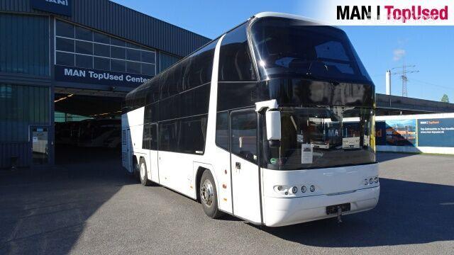 NEOPLAN SKYLINER N 1122/3 C autobús de turismo