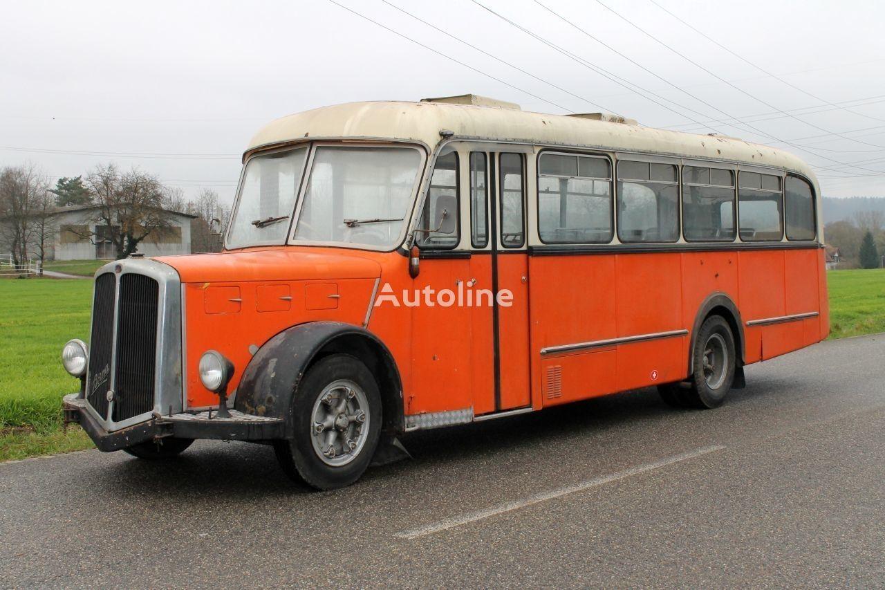 autobús interurbano BERNA Saurer