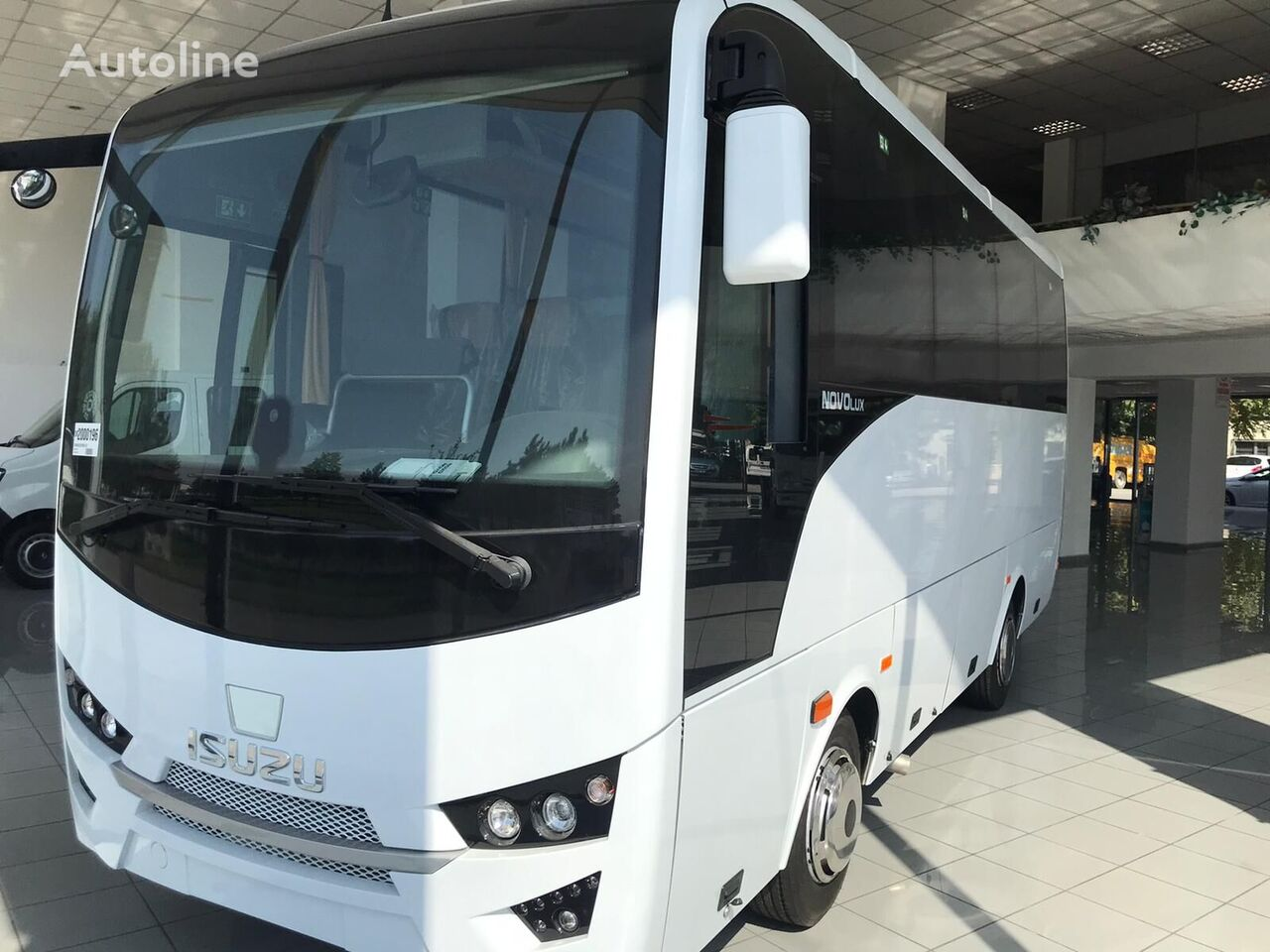 ISUZU Novo Lux only  autobús interurbano nuevo