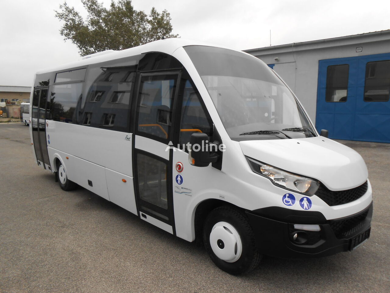 IVECO  ROSERO FIRST FCLLI furgoneta de pasajeros nueva