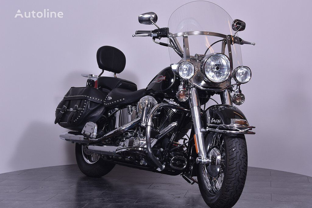 HARLEY-DAVIDSON FLSTC moto