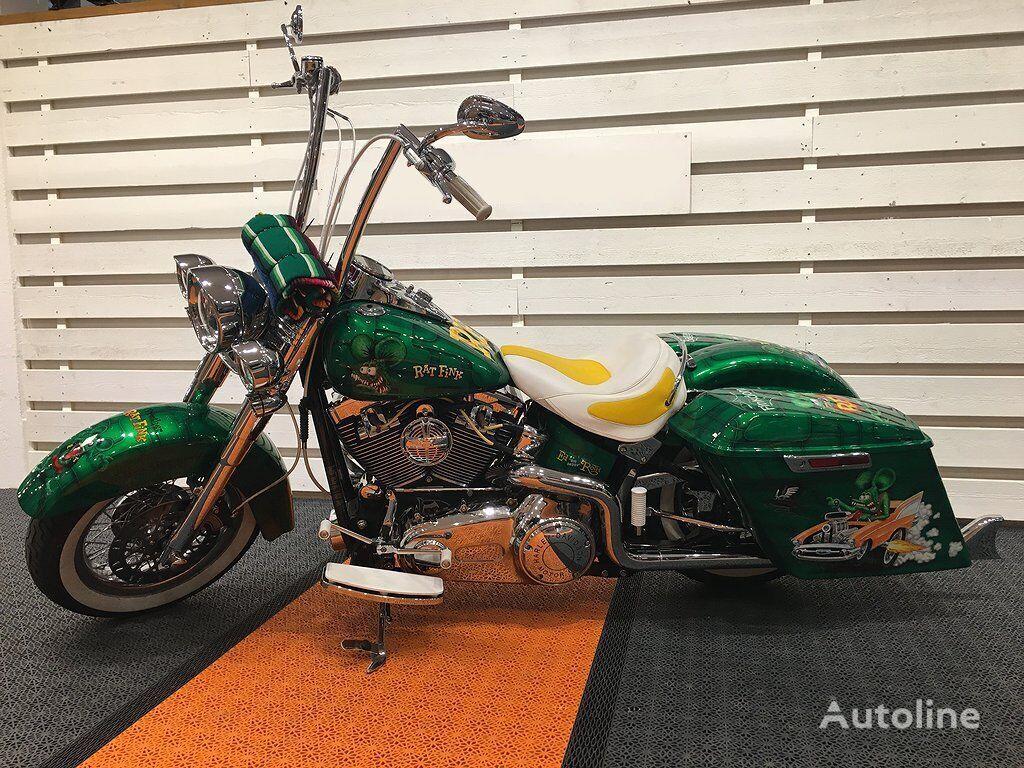 HARLEY-DAVIDSON Heritage Softail Classic FLSTC moto