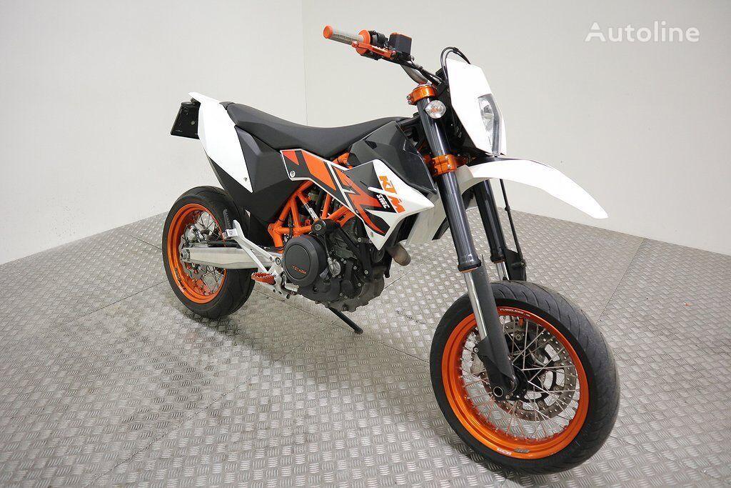 KTM 690 SMC R moto