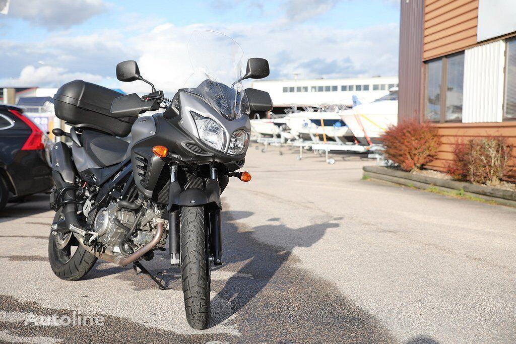 SUZUKI V-Strom 650 (DL 650) moto