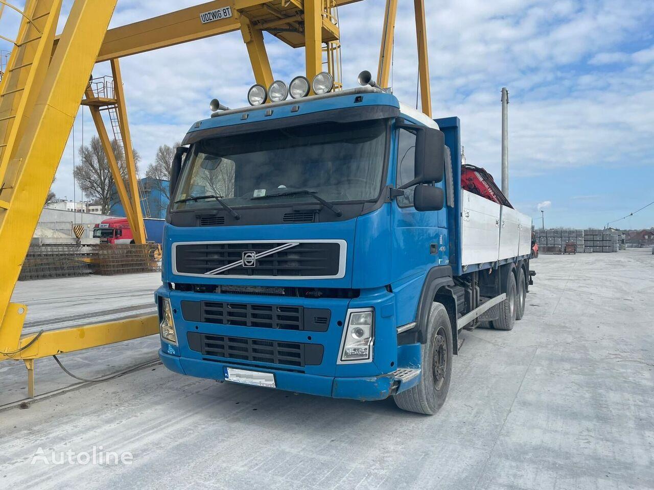 VOLVO 420 camión caja abierta