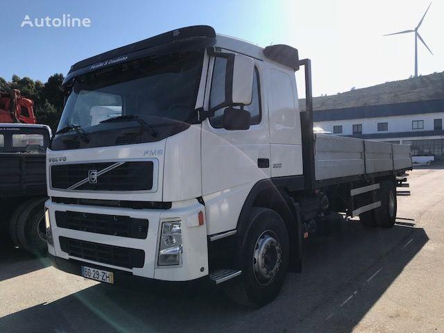 VOLVO FM9 300 camión caja abierta